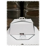empresa de caixa bolo personalizada Suzano